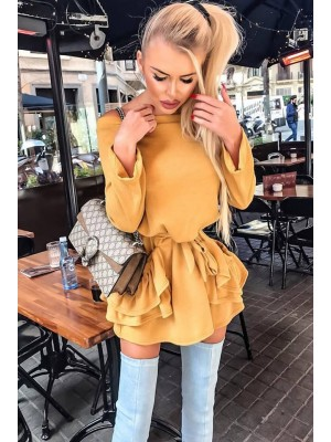 sukienka sweterkowa musztarda