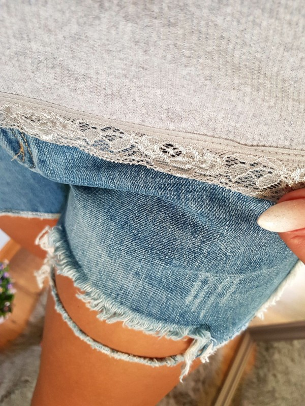 spodnki jeansowe z dziurami M