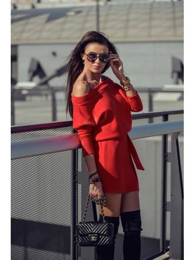 sukienka sweterkowa czerwona