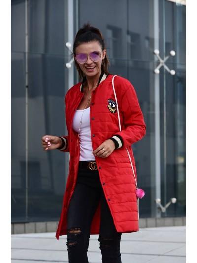płaszczyk pikowany czerwony
